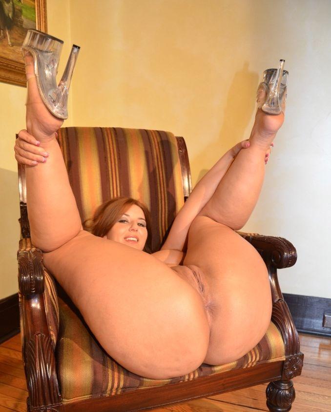 Самые большие задницы трусиках порно 18 фотография